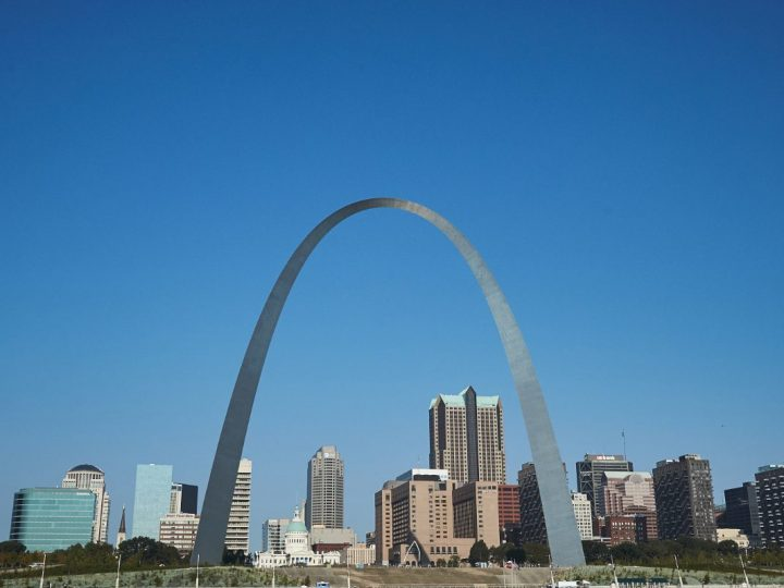 Why St. Louis might be the best destination for new grads seeking careers