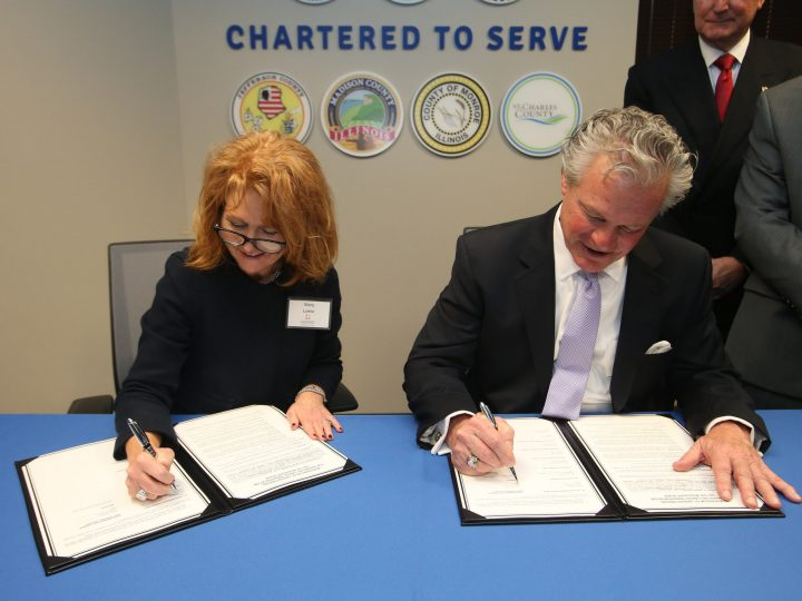 St. Louis, Plaquemines Ports Ink MoU for Mississippi River Cooperation