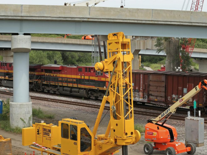 Canadian Pacific to buy Kansas City Southern in $25 billion railway bet on trade