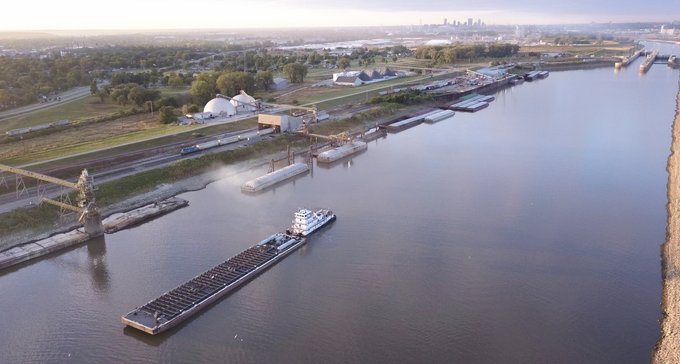 Rail Spurs, Harbors, Grain Bins and More: How America's Central Port Invests In Global Connectivity